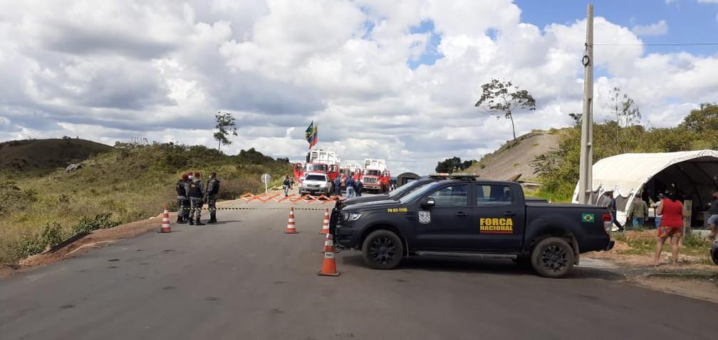 Carretas com oxigênio atravessam fronteira do Brasil com a Venezuela — Foto: José Martí/Arquivo pessoal