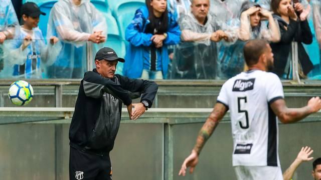 Lisca no comando do Ceará contra o Grêmio