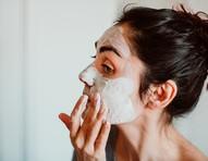 Salada mista: máscaras faciais à base de fruta que você precisa conhecer