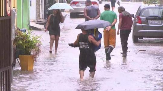 Fortes chuvas deixam o Rio em estágio de atenção