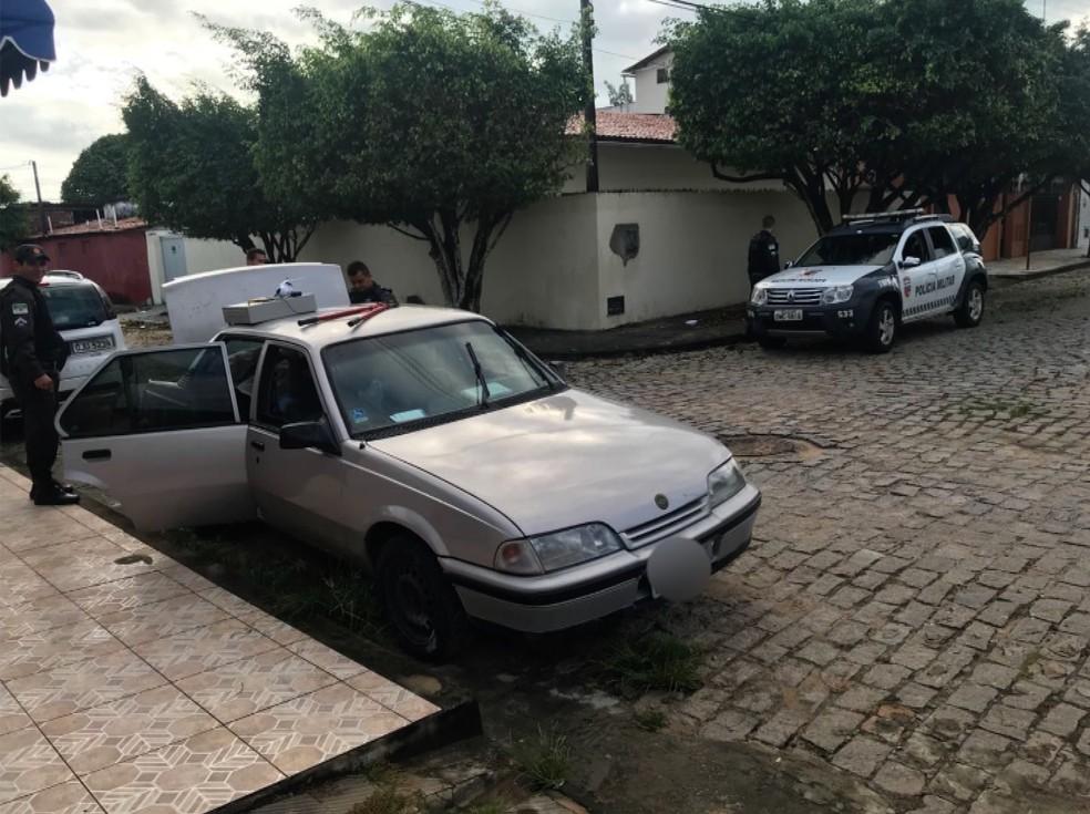 Bandidos tentam fazer arrastão na Zona Sul de Natal (Foto: Kleber Teixeira/Inter TV Cabugi)
