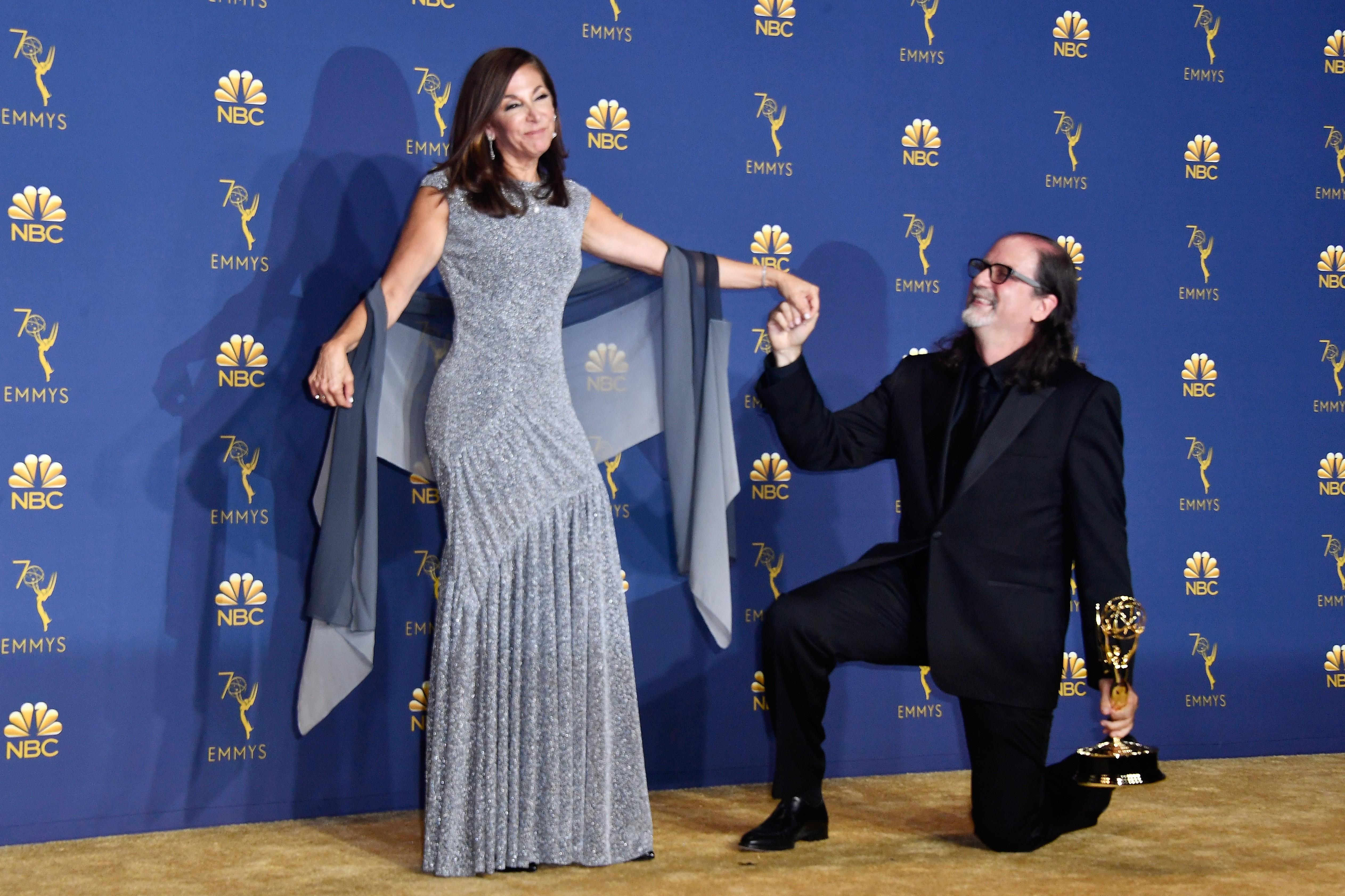 Glenn Weiss a namorada Jan Svendsen com pedido de casamento ao vivo (Foto: Getty images)