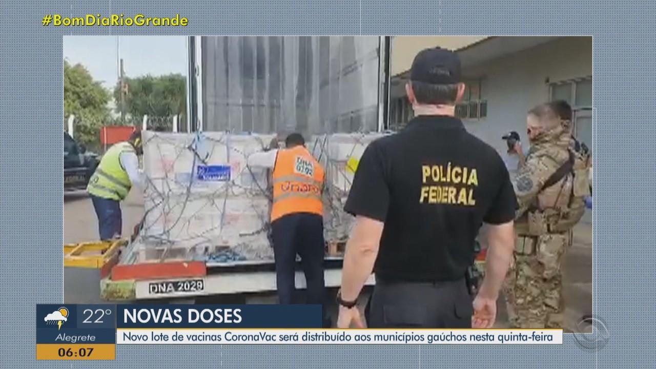 Novo lote de vacinas começa a ser distribuído aos municípios do RS nesta quinta-feira (4)