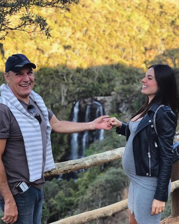Isis Valverde e o pai, Rubens (Foto: Reprodução/Instagram)