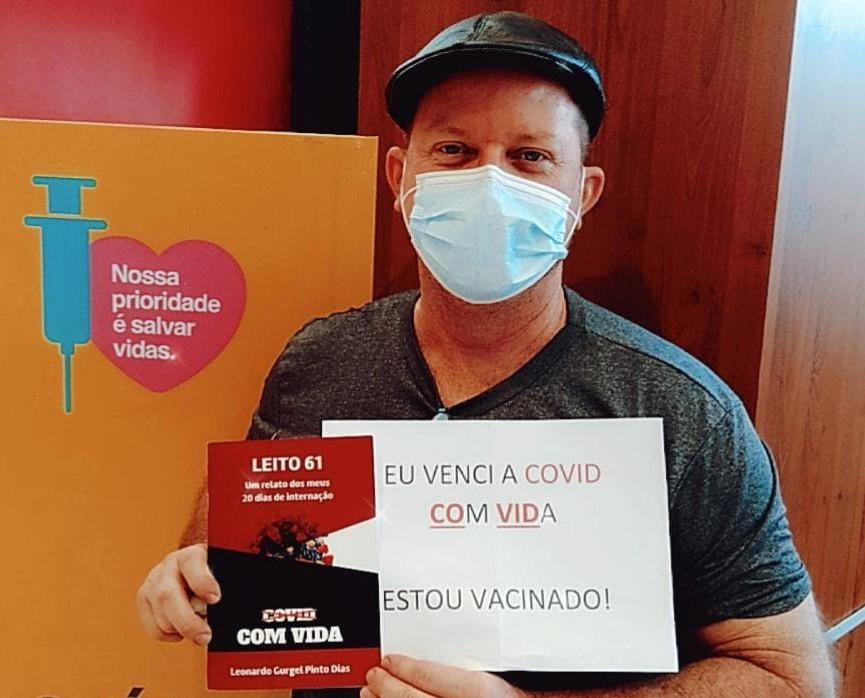 Educador físico que relatou em livro os dias de internação por Covid-19 é vacinado em Fortaleza