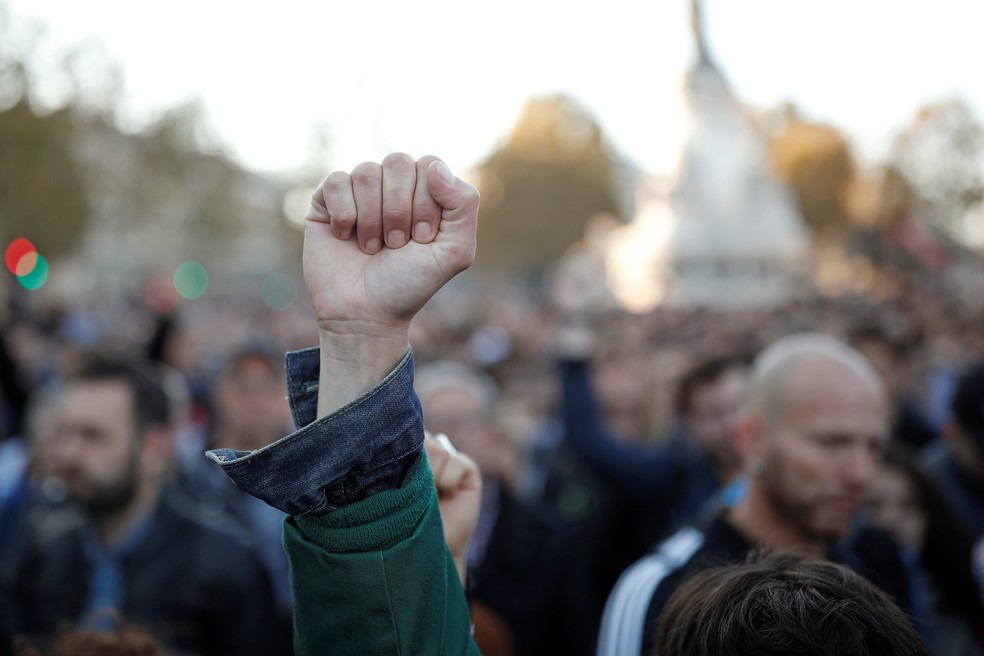 Projeto do governo francês quer legalizar reprodução assistida para mulheres solteiras e lésbicas, mas sociedade está dividida — Foto: Reuters
