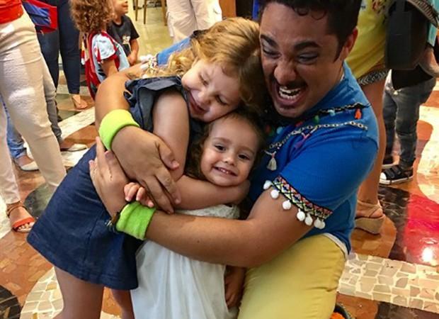 Milena Maciel, Sophia Saragossy e Chico Abreu (Foto: Reprodução/Instagram)