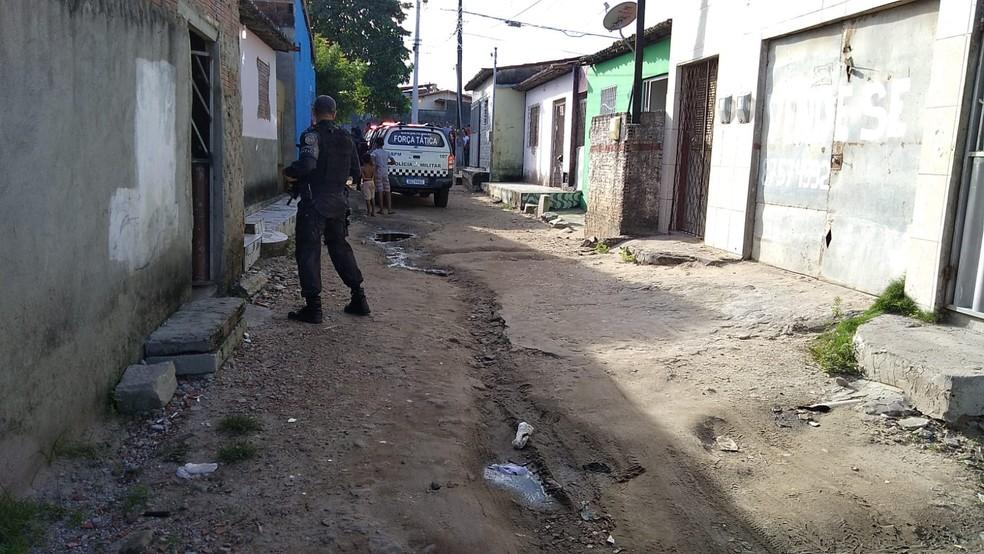 Caso aconteceu no bairro Pajuçara, na Zona Norte de Natal — Foto: Julianne Barreto/Inter TV Cabugi