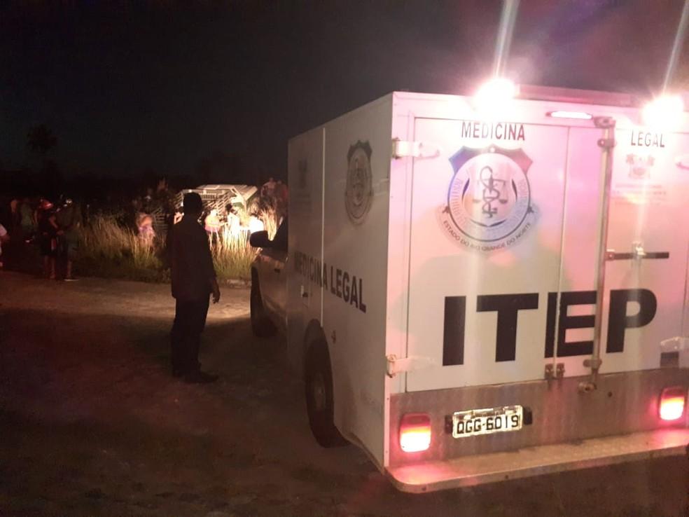 Casal morreu em acidente na BR-226, em Macaíba, na Grande Natal — Foto: Juliane Barreto/Inter TV Cabugi