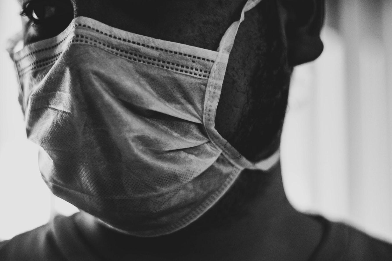 Máscaras, cloroquina, correção: o que idas e vindas na pandemia ensinam sobre a ciência