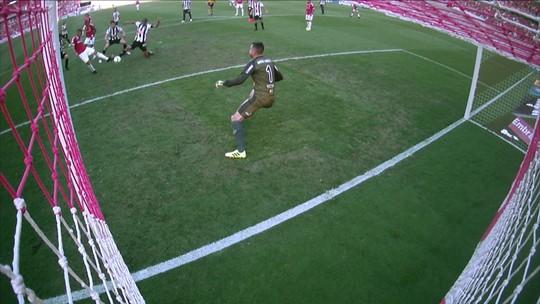 """Sob """"ameaça"""" do Boca, Guerrero fecha 2019 com 20 gols e repete melhor ano no Brasil"""