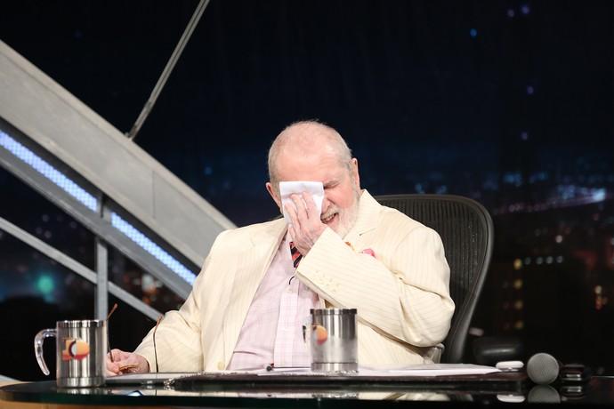 Jô se emociona com o último programa (Foto: Carol Caminha/Gshow)