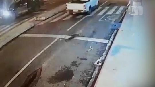 Suspeitos de assalto a banco fazem reféns, furam bloqueio da PRF em Teresina