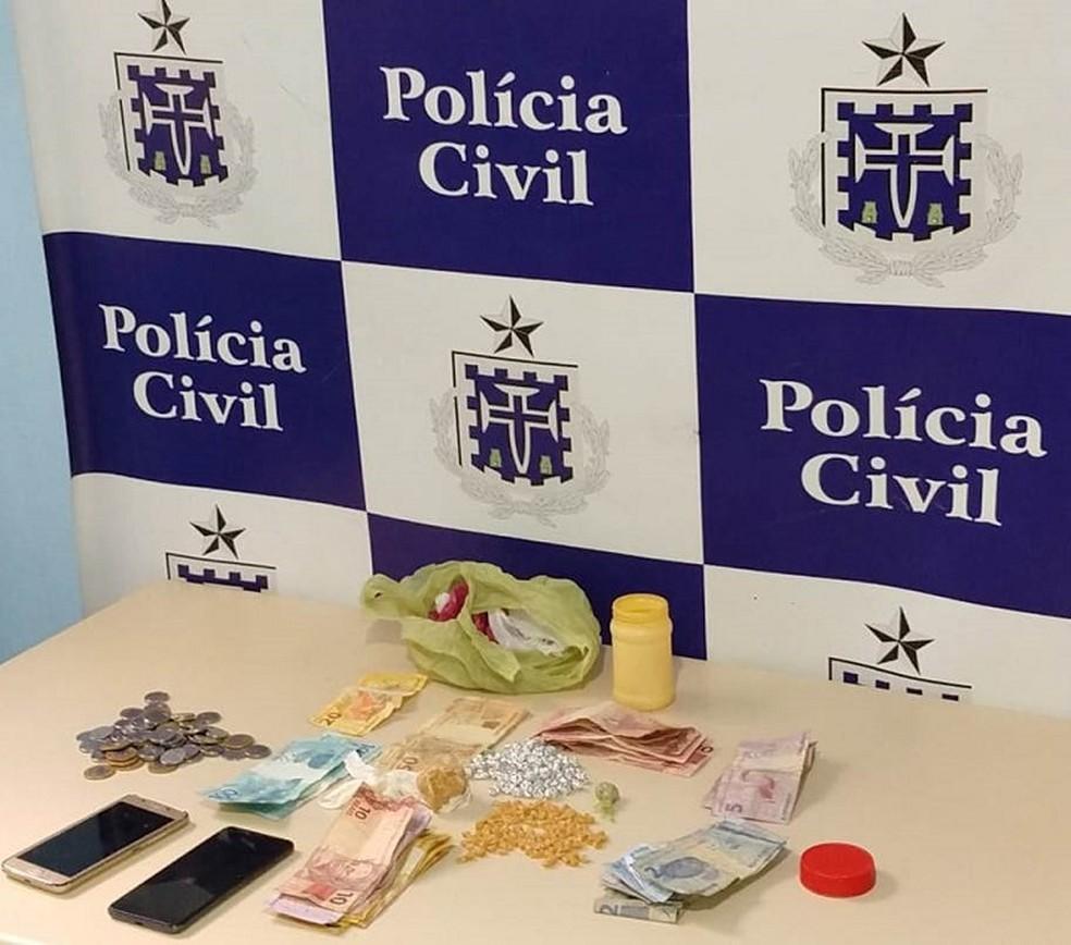 Duas pessoas são presas por tráfico de drogas em Campo Formoso  — Foto: Divulgação / PC-Ba