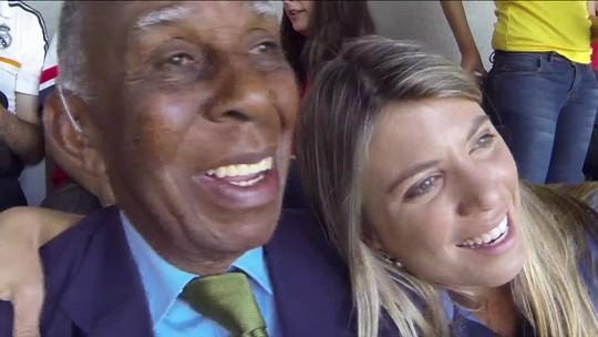 """Aos 91 anos, Sr. Barbosa volta a um estádio de Copa do Mundo após 64 anos: """"Espetacular"""""""