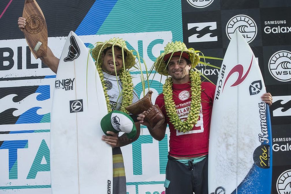 Um dos melhores tube ruders do mundo (especialista em tubos), Bruno Santos foi o primeiro brasileiro a vencer a etapa do Taiti, em 2008 (Foto: WSL/Kelly Cestari)