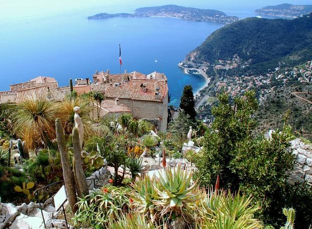 Eze, na França (Foto: Shutterstock/ Reprodução)