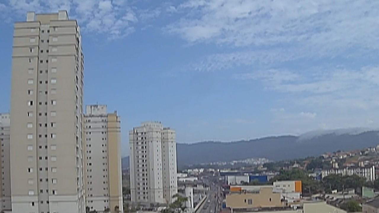 Previsão do tempo: Dia amanhece ensolarado, mas nebulosidade deve aumentar