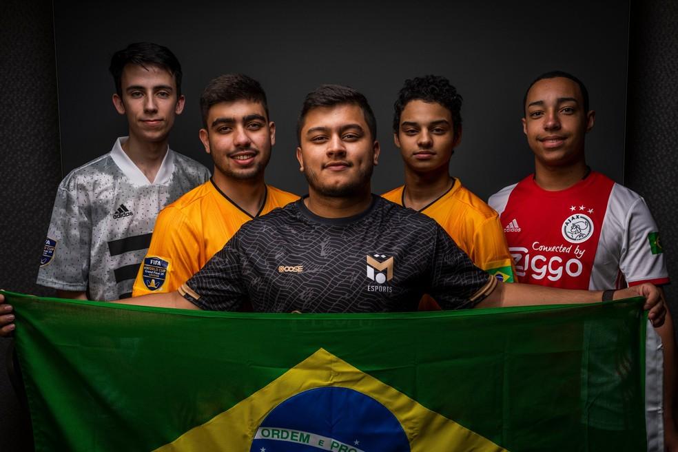 Zezinho, Ebinho, Resende, Fifilza e Tore são os cinco brasileiros do Mundial de FIFA 19 — Foto: Reprodução/Twitter FIFA eWorld Cup