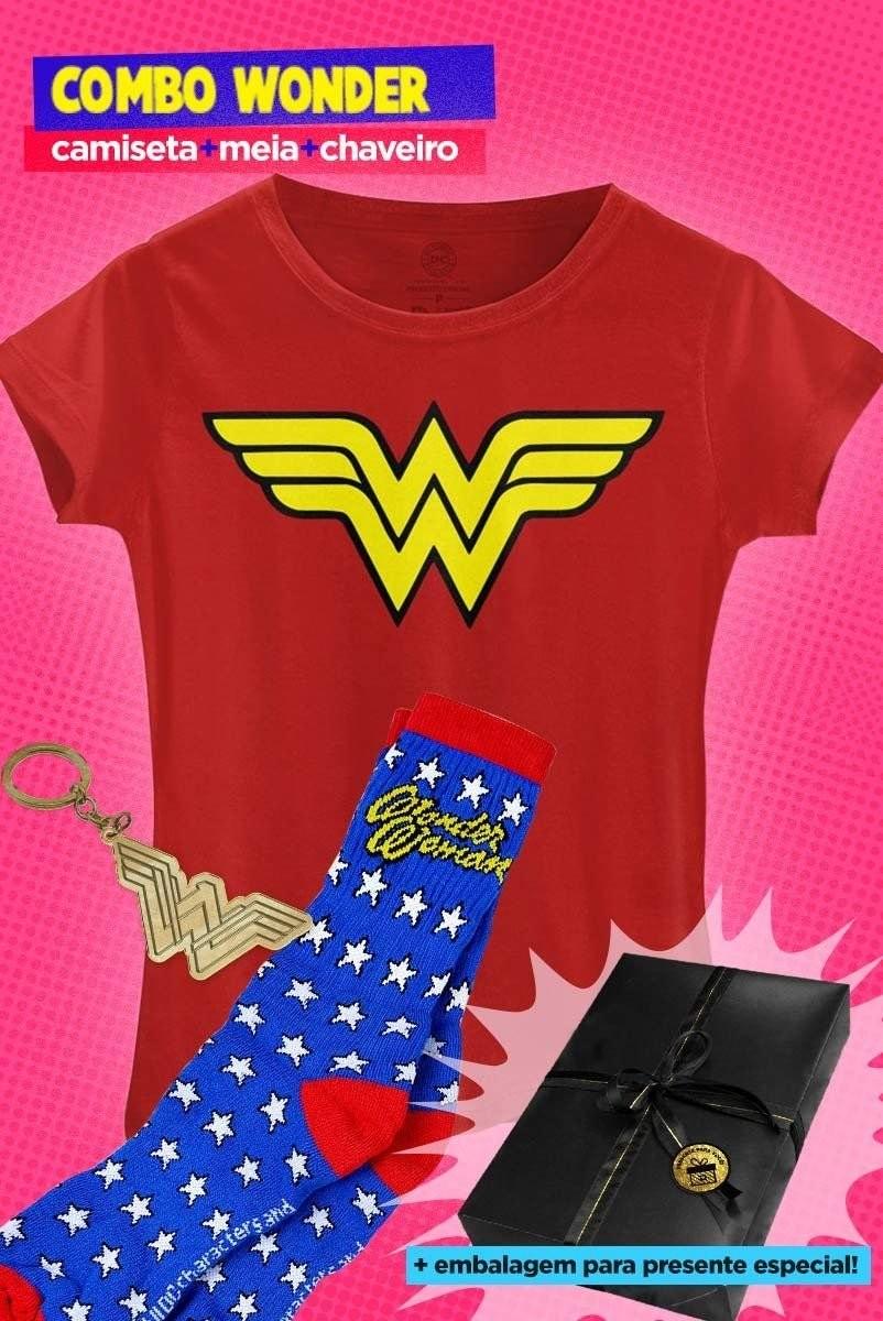 Camiseta, meia e chaveiro de Mulher-Maravilha (Foto: Divulgação)