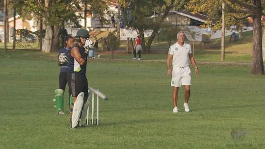 VÍDEO: Críquete ganha adeptos e praticantes em Poços de Caldas