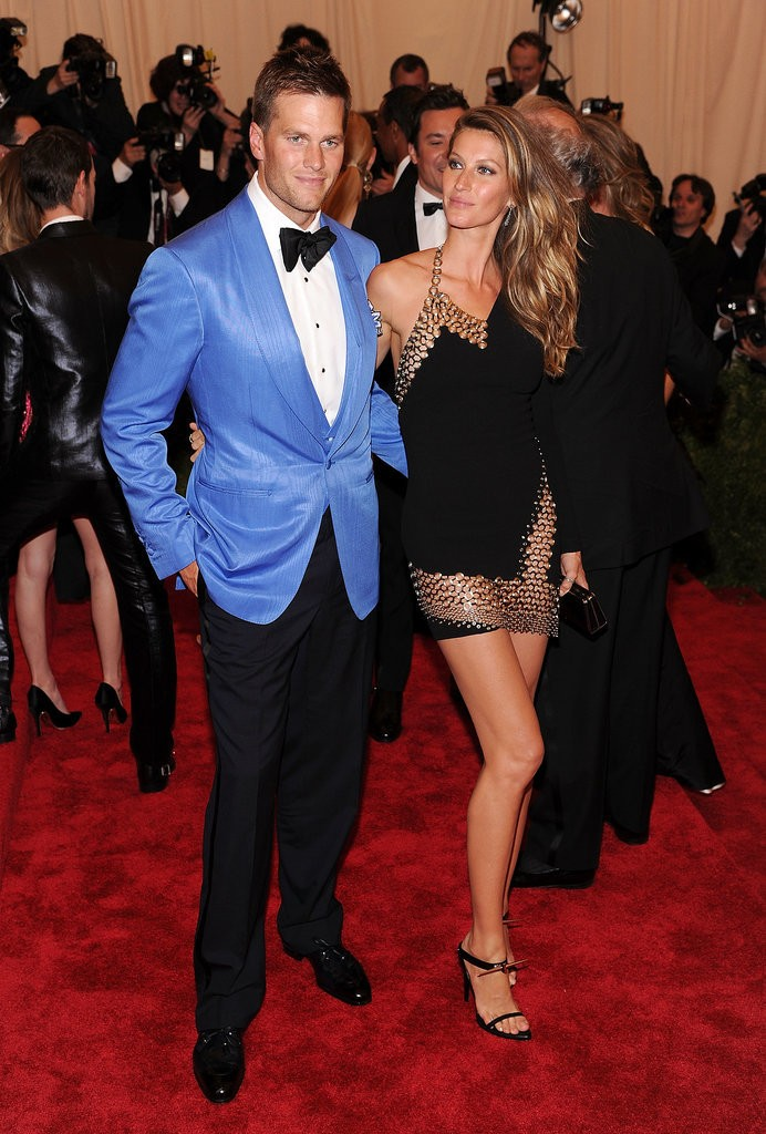 Gisele Bundchenm, de Anthony Vaccarello, no Baile do Met de 2013 (Foto: Getty Images)