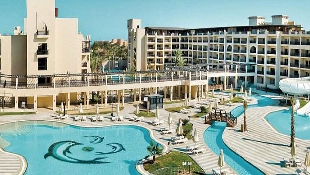 Hotel na cidade de Hurghada, no Egito, foi evacuado depois de um casal britânico morrer misteriosamente (Foto: Divulgação)