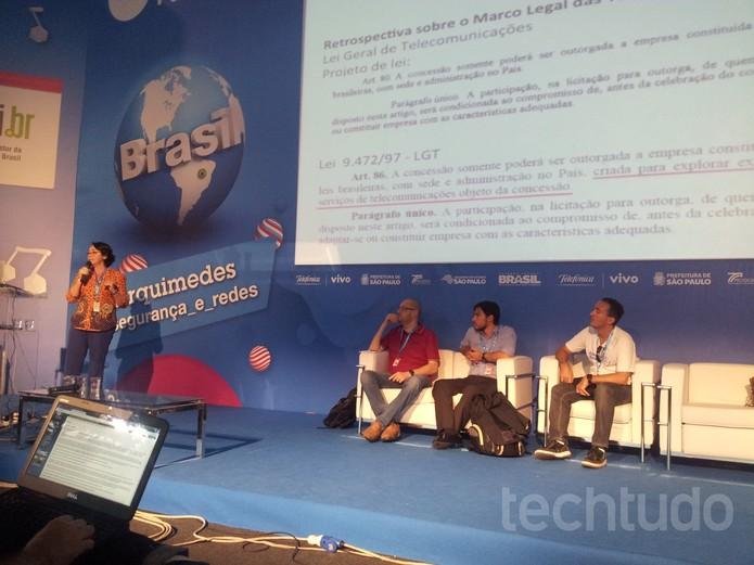 Campus Party: palestrantes debatem sobre o preço da Internet no Brasil  (Foto: TechTudo/Paulo Vasconcellos)