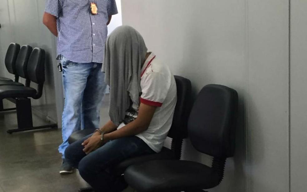 Técnico em enfermagem que se entregou suspeito de estuprar paciente de 21 anos na UTI do Hospital Goiânia Leste Goiás — Foto: Polícia Civil/Divulgação