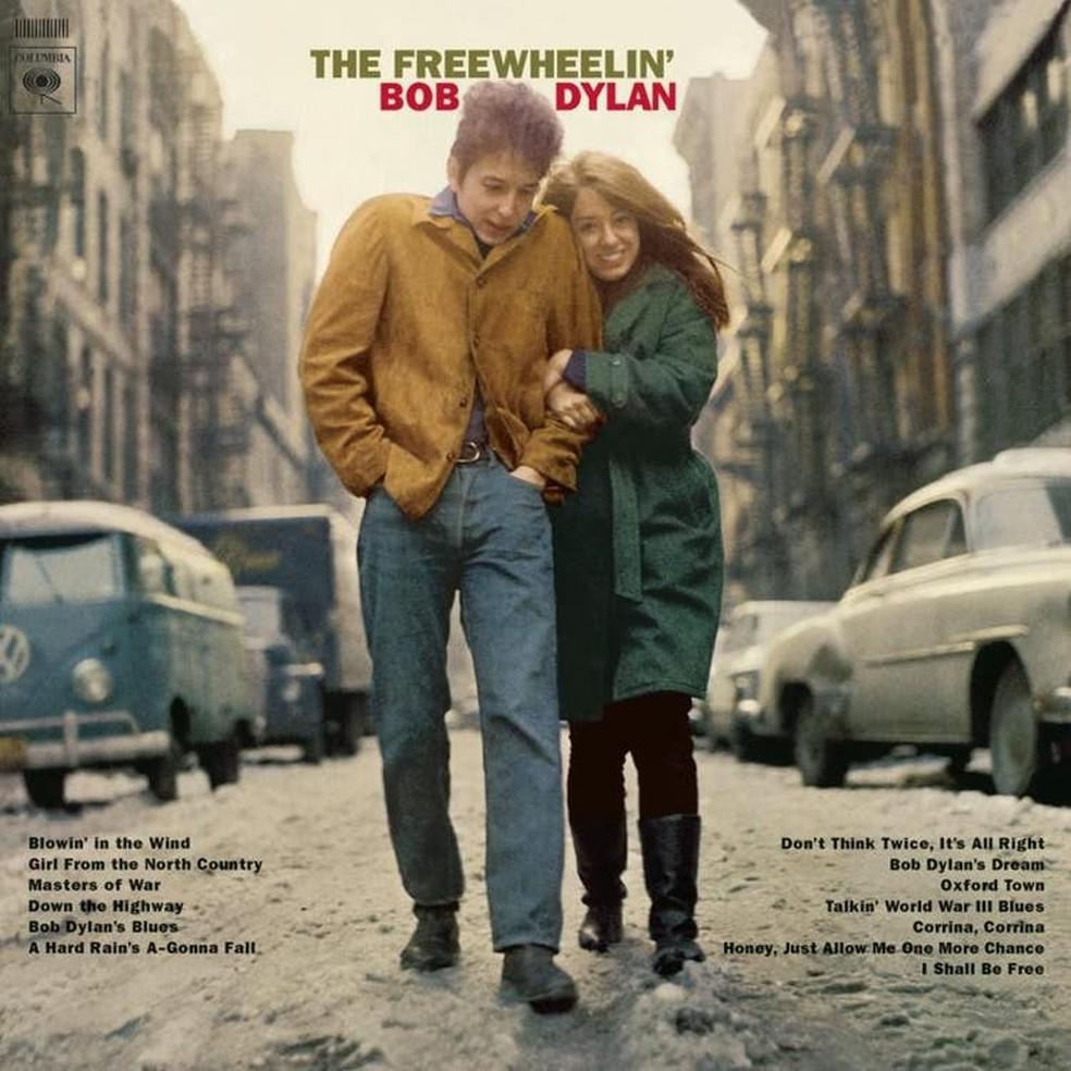 Bob Dylan colocou namorada em capa do disco — Foto: Reprodução