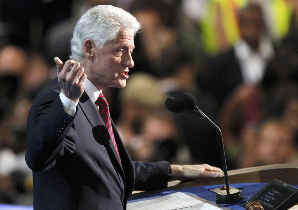Bill Clinton discursa na convenção democrata, em imagem de arquivo — Foto: Jonathan Ernst/Reuters