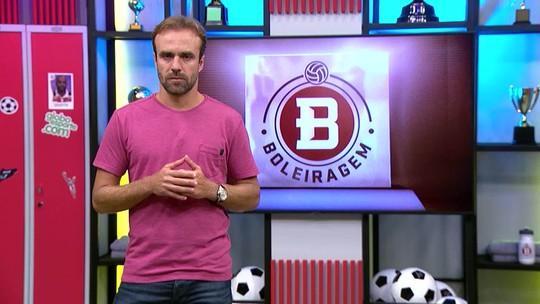"""Boleiragem: Deivid veste camisa do """"Inacreditável FC"""" sete anos após gol perdido pelo Flamengo"""