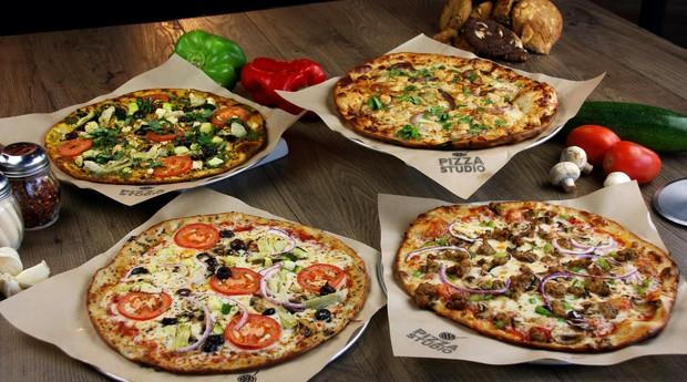 """Pizzas da Pizza Studio, empresa que funciona como o """"subway"""" das pizzarias (Foto: Divulgação)"""