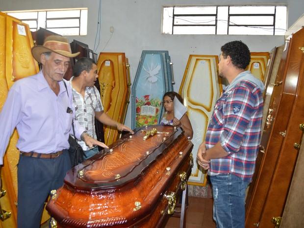 Caixão Kaloré (Foto: Ronaldo Senes/Blog do Berimbau)