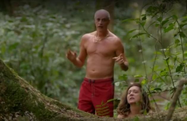 Intérprete de Leleco, Marcos Caruso tem como preferida a cena em que ele e Muricy (Eliane Giardini) têm uma recaída e transam no meio do mato, durante uma trilha em Cabo Frio (Foto: Reprodução/TV Globo)