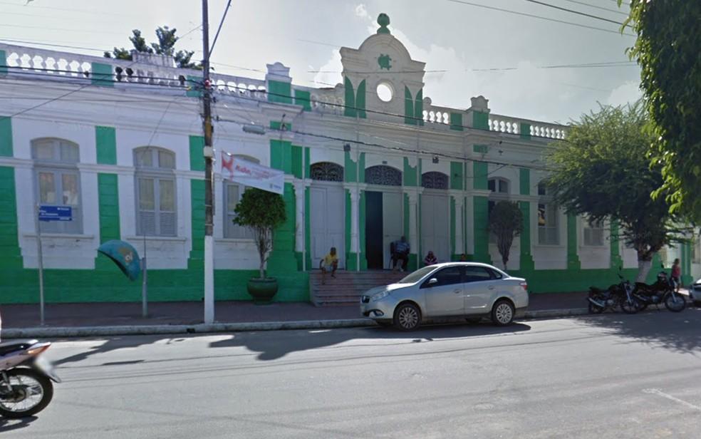 Prefeitura de Timbaúba, na Zona da Mata Norte de Pernambuco — Foto: Reprodução/Google Street View