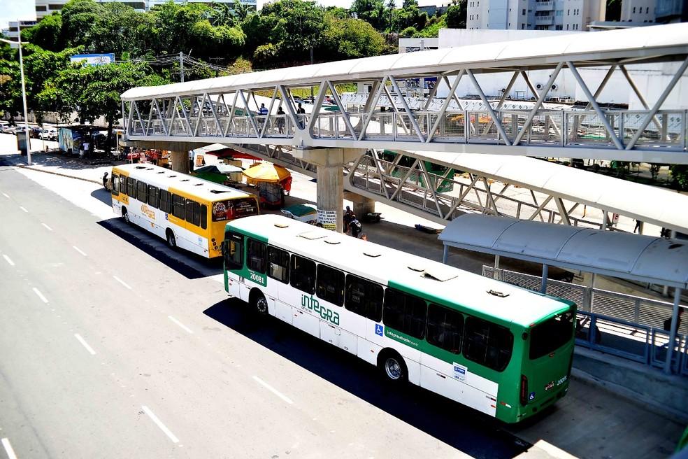Transporte coletivo de Salvador vai ter horário especial após antecipação do toque de recolher — Foto: Jefferson Peixoto/Secom