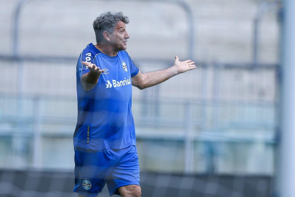 Renato comandou treino fechado na Arena do Grêmio — Foto: Lucas Uebel/Divulgação Grêmio