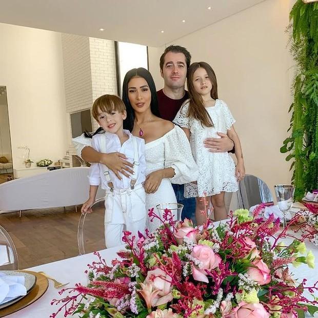 Simaria con sus hijos y esposo (Foto: Instagram)