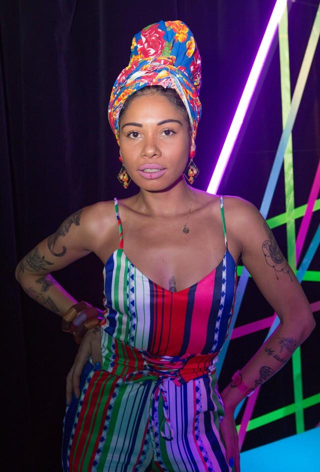 Giovana Bombom também faz curso de cinema e é defensora dos direitos da mulher negra  (Foto: Ricardo Cardoso)