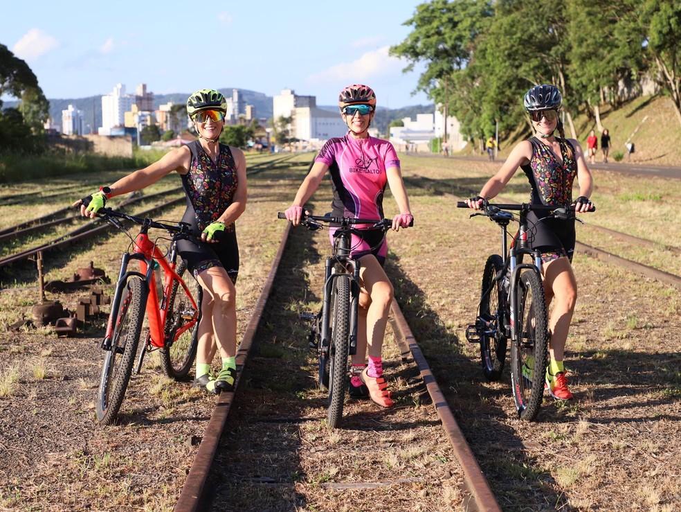 Viviane criou grupo para mulheres ciclistas em 2016 — Foto: Arquivo pessoal