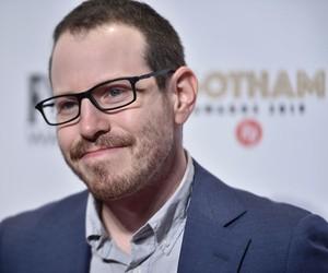 """Ari Aster, diretor de 'Midsommar', diz que seu próximo filme será uma """"comédia de pesadelo"""" com 4 horas de duração"""