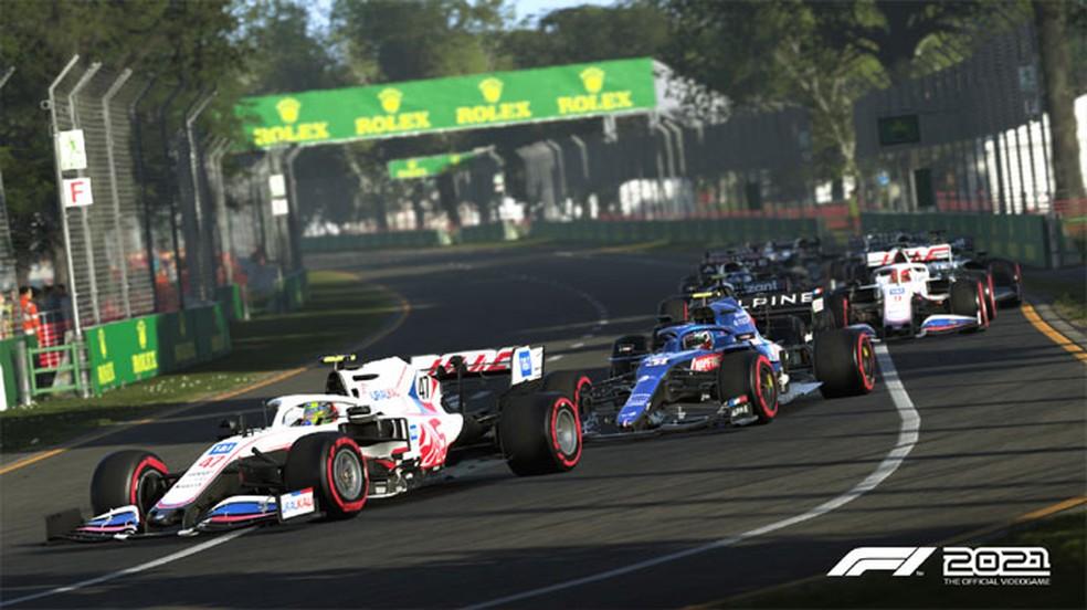 F1 2021 traz como grande novidade modo que promete imersão na história de um corredor de Fórmula 1 — Foto: Reprodução/Steam