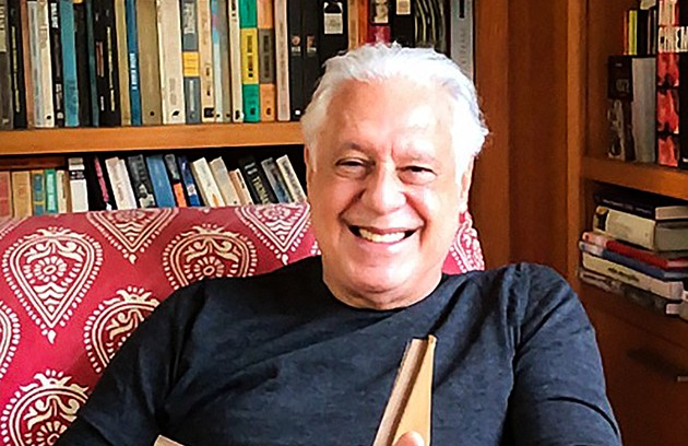 """Antonio Fagundes: """"Em teatro, quero apresentar 'Baixa terapia' no Rio. Na TV, tenho pelo menos dois seriados, como ator e produtor. Em cinema, 'Deus ainda é brasileiro'. Que venha a vacina"""" (Foto: João Cotta)"""