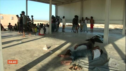 Pelo menos 150 imigrantes morreram em naufrágio na costa da Líbia