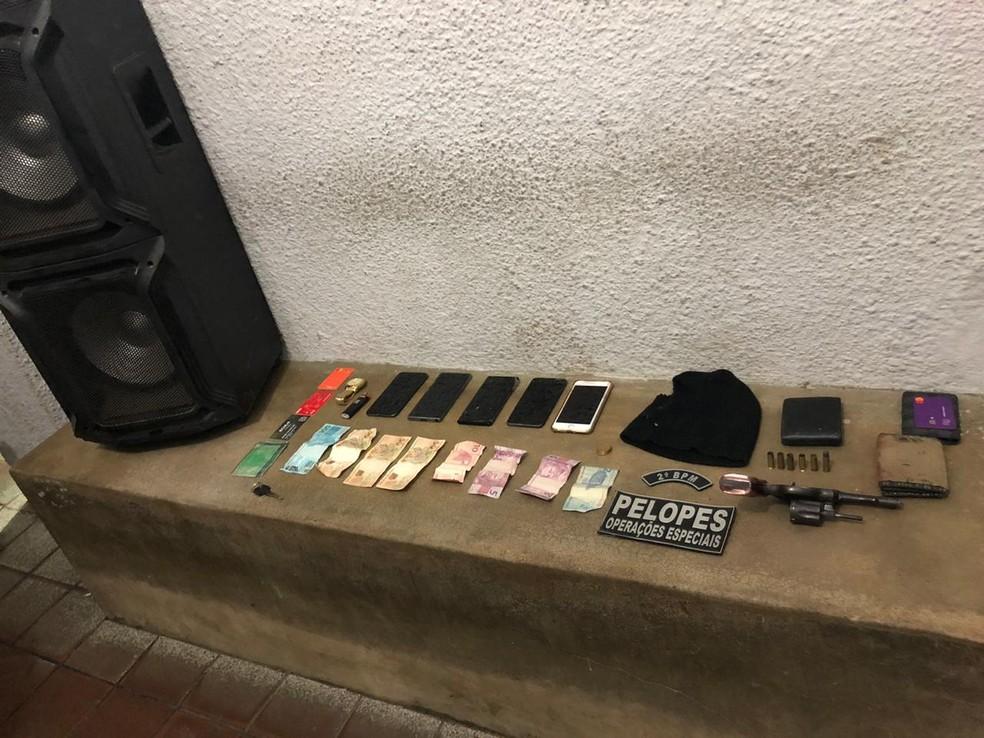 Material apreendido pela polícia durante roubos em União dos Palmares e Branquinha, AL — Foto: Polícia militar