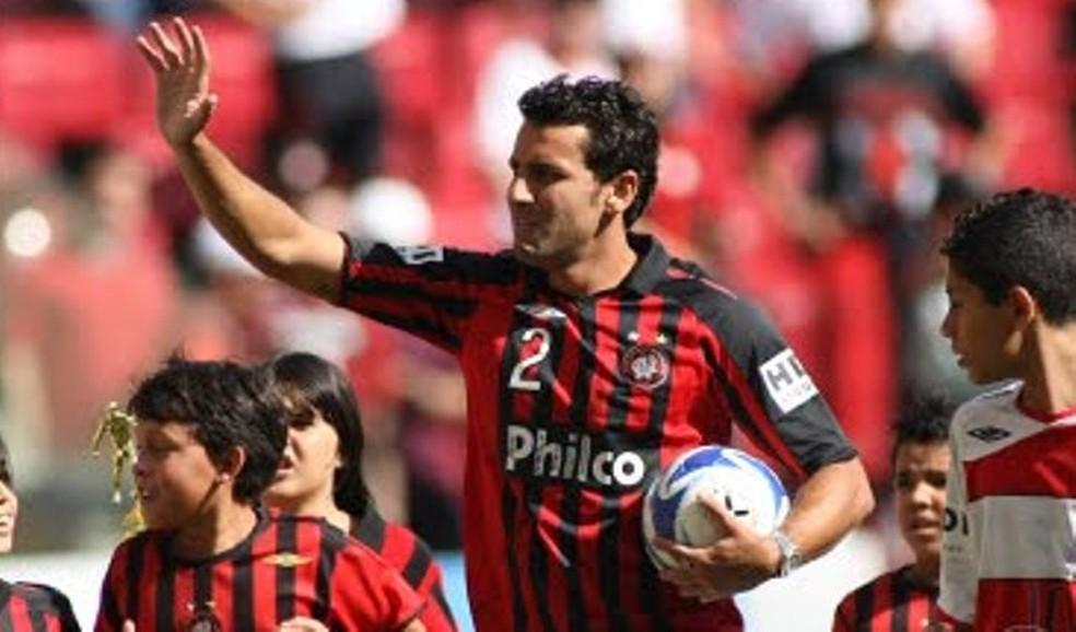 Ainda conhecido como Alberto,teve seu maior destaque pelo Atlético-PR (Foto: Divulgação/Site do Atlético-PR)
