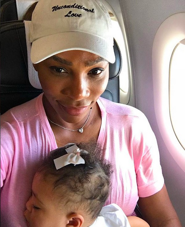 A tenista Serena Williams com a filha (Foto: Instagram)
