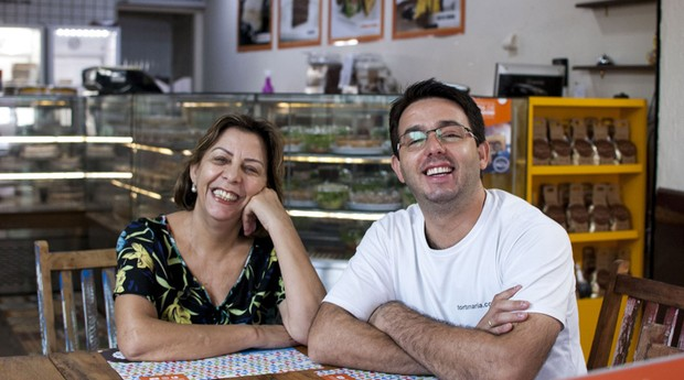 Maria com o filho Cauê (Foto: Divulgação)