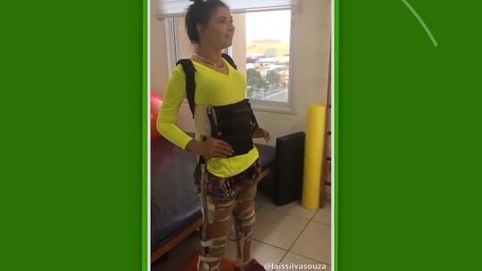Lais Souza compartilha novo vídeo cabeceando bola e esbanja animação